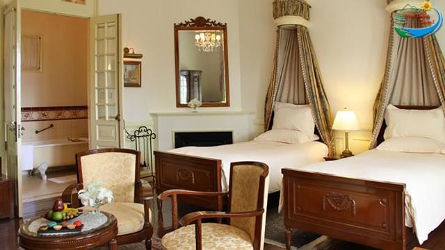 Khách sạn Dalat Palace