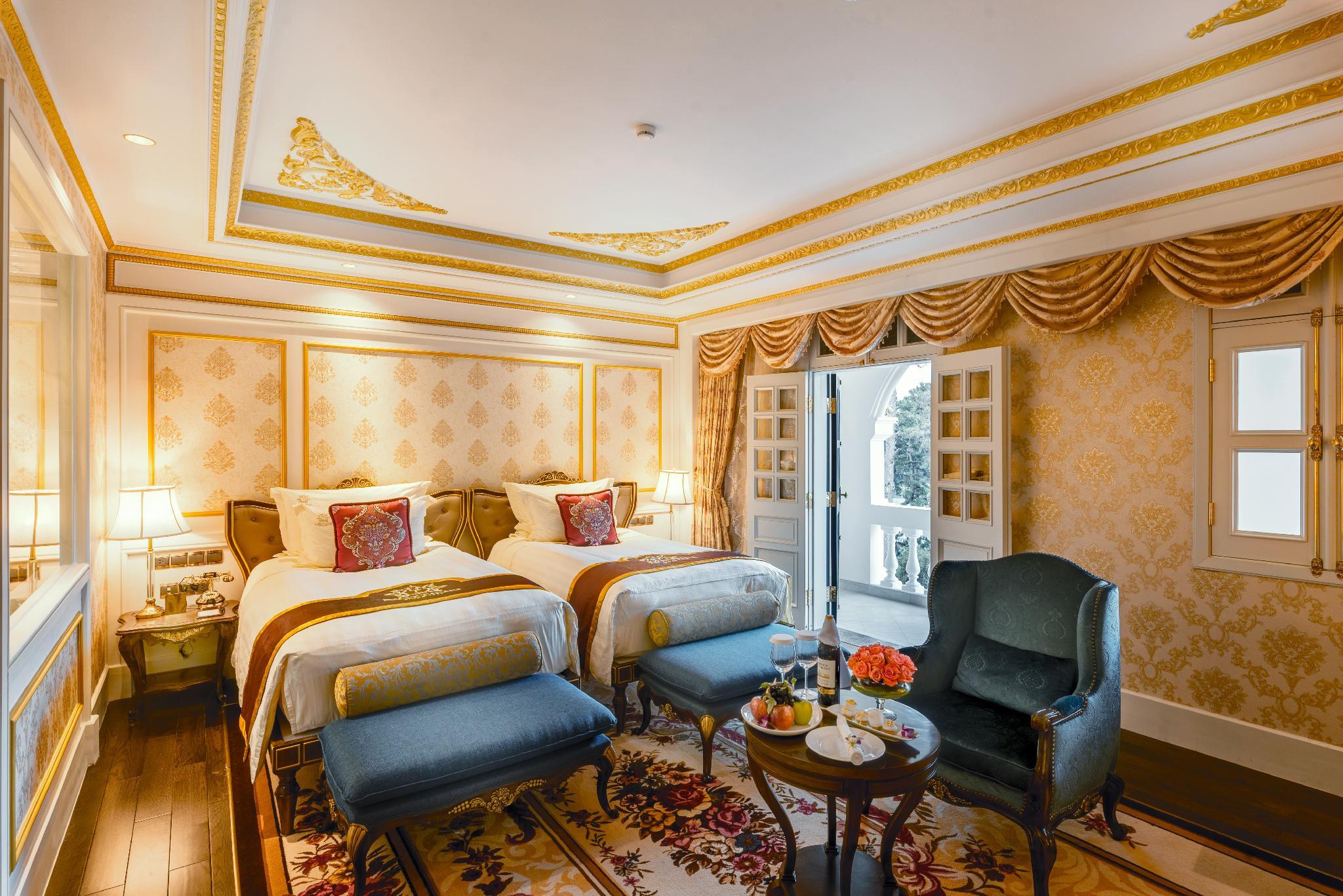 phòng hoàng gia 2 giường đơn
