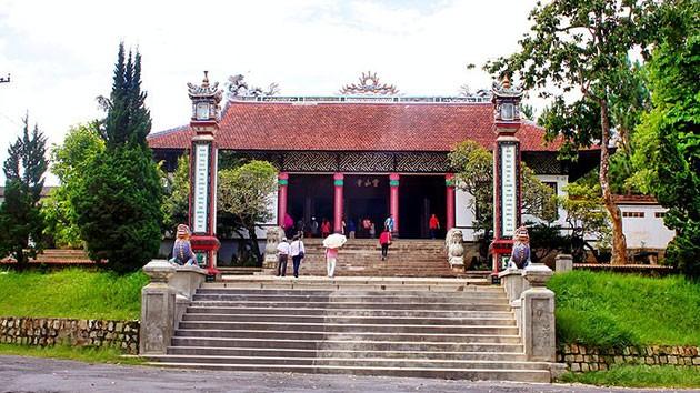 Kết quả hình ảnh cho Chùa Linh Sơn