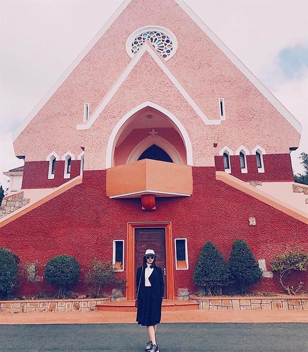Nhà Thờ Domaine De Maria - Lãnh Địa Đức Bà Đà Lạt - Hoa Dalat Travel