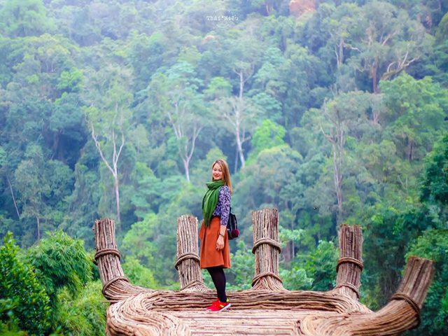bàn tay phật ở Hoa Sơn Điền Trang