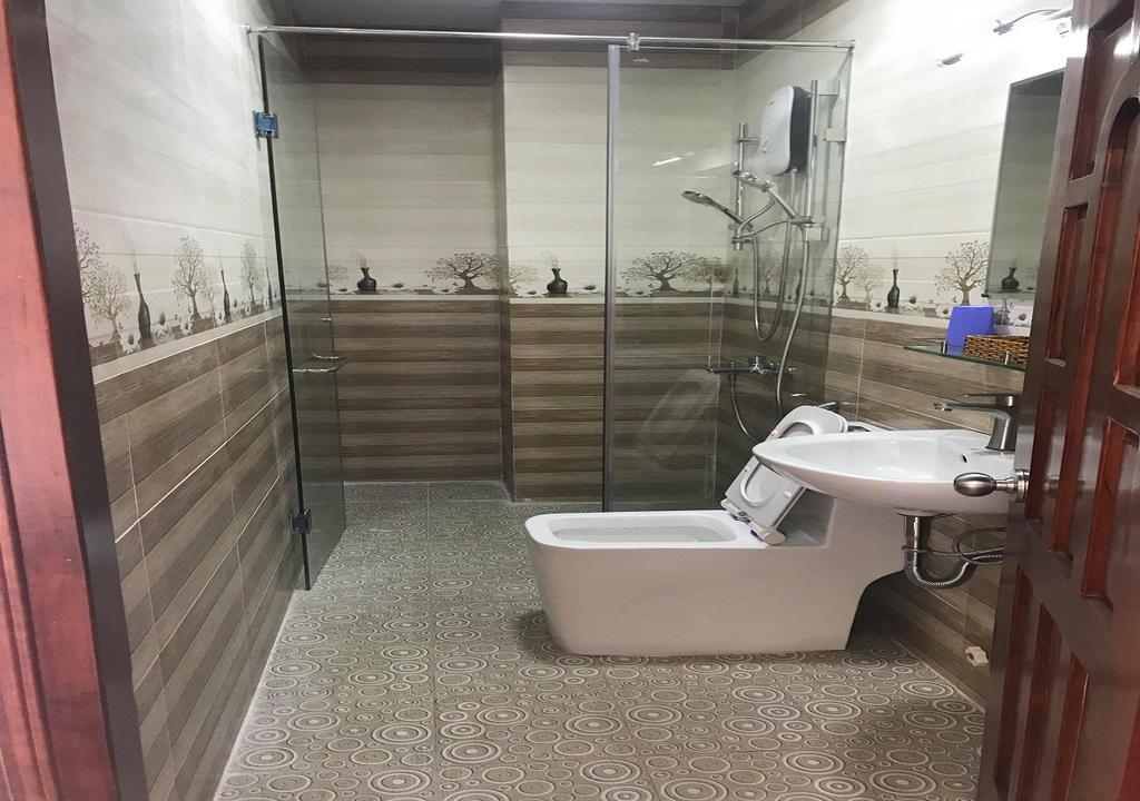 phòng deluxe khách sạn Hoàng Phong