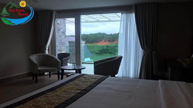 Phòng Nhìn Ra Hồ Dalat Wonder Resort