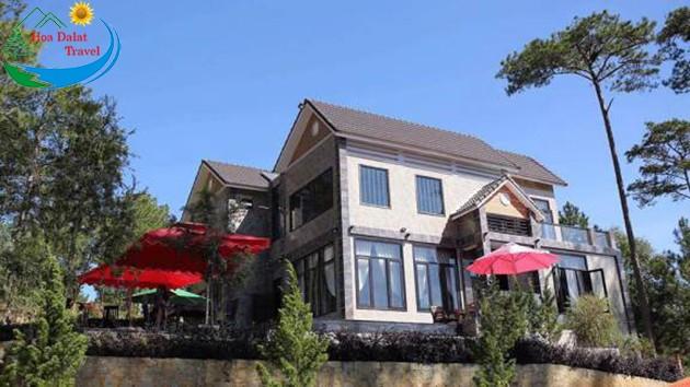 Mongo Villa Tuyệt Đẹp Bên Hồ Tuyền Lâm