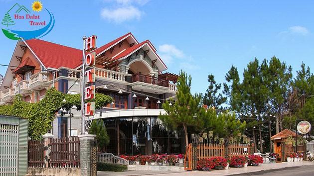Review Khách Sạn Đông Dương