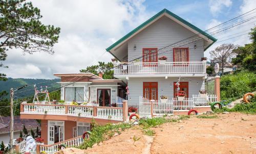 Villa Đồi Gió Hú Ở Đà Lạt