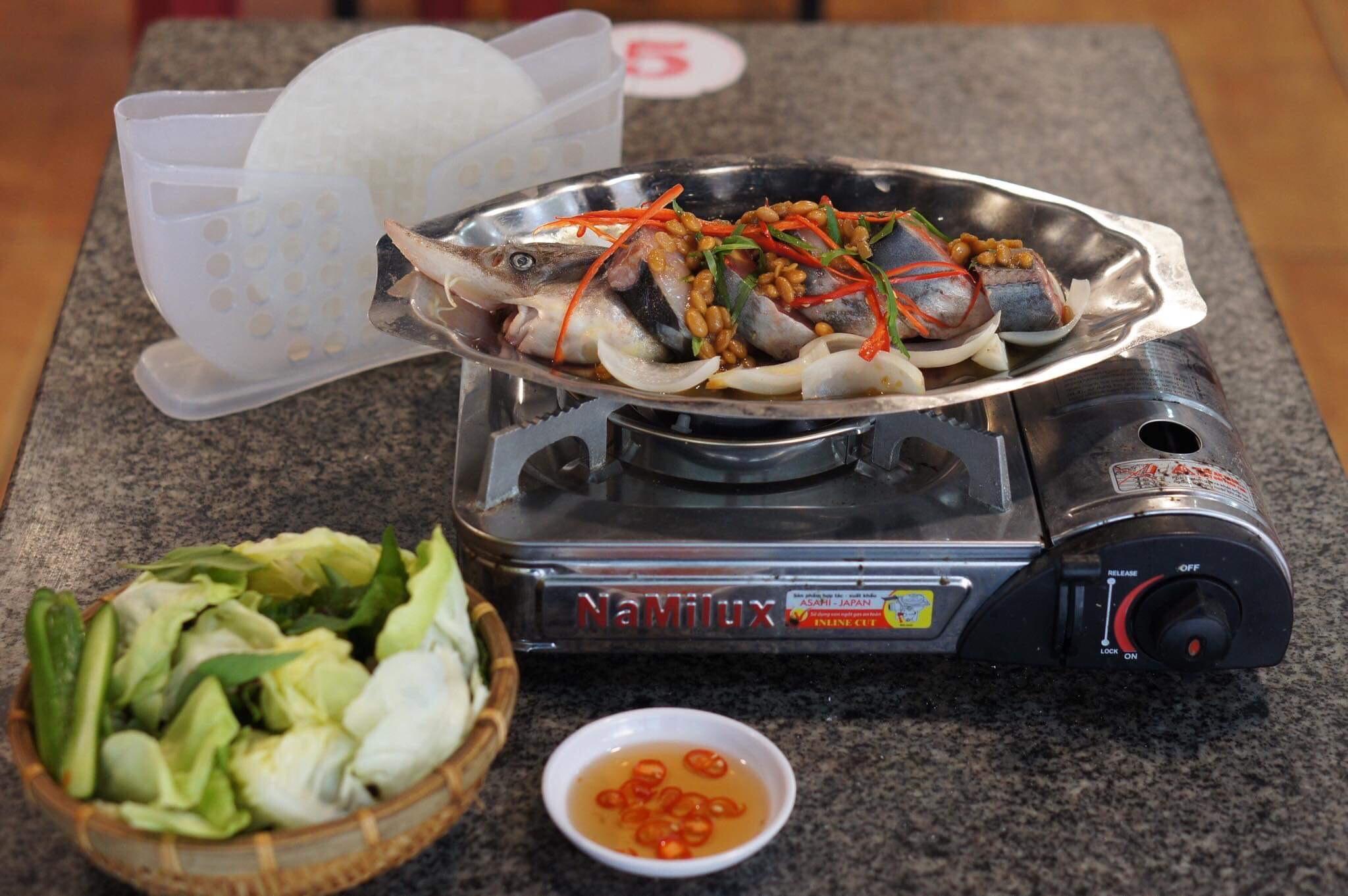 Món lẩu cá tầm ngon ở Đà Lạt