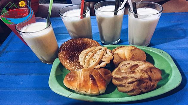 Sữa Nóng Bánh Su Kem Đà Lạt