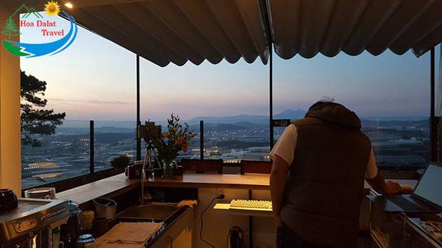 Không Gian Cafe Panorama Đà Lạt