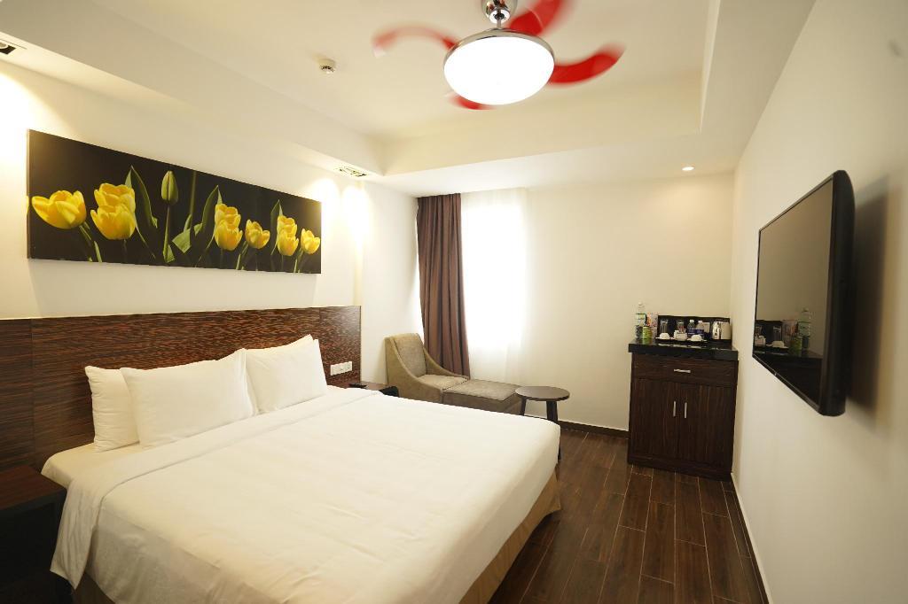 Khách sạn Phú Hòa