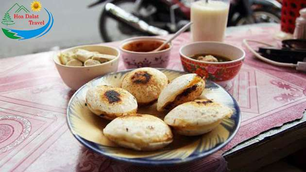Bánh căn món ăn dân dã đậm chất Đà Lạt