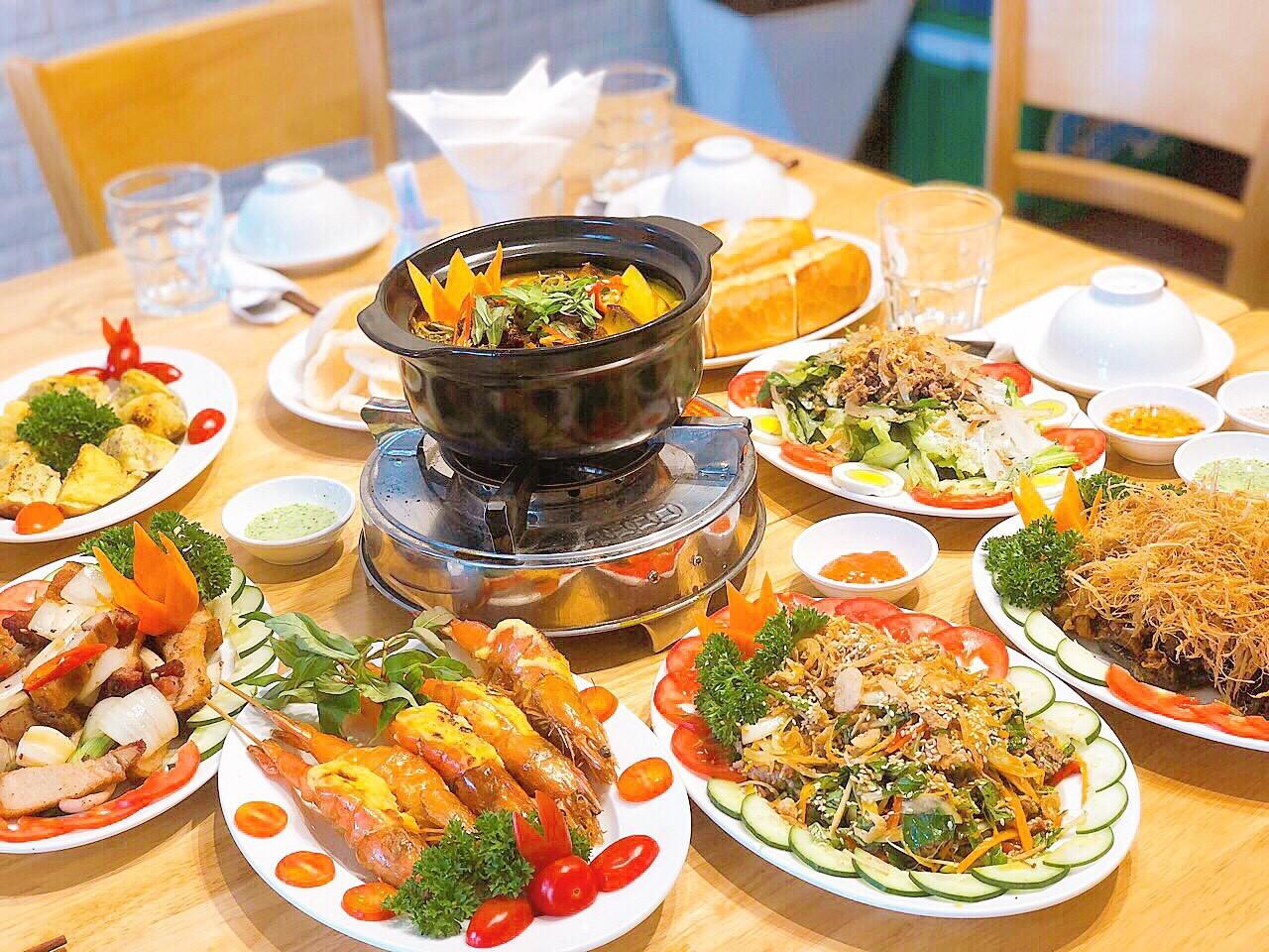Món ngon tại nhà hàng The May