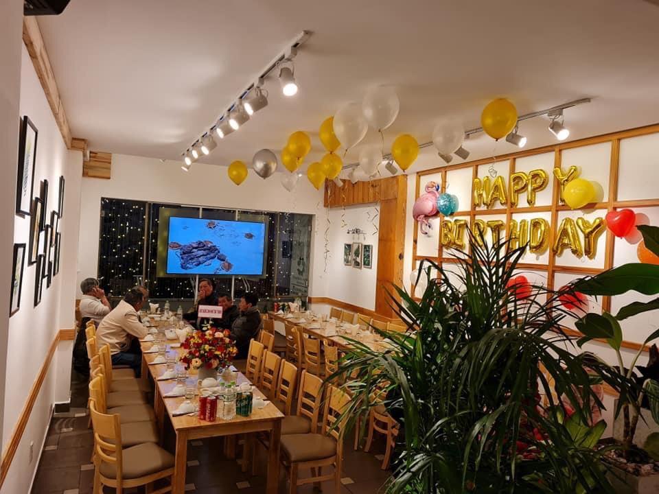 Phòng riêng ỡ The May Restaurant